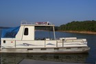 Party Hut Pontoon Boat